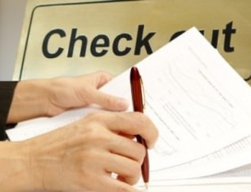 Percakapan Bahasa Inggris Tentang Handling Check Out Beserta Artinya